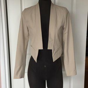 Cropped cream beige blazer